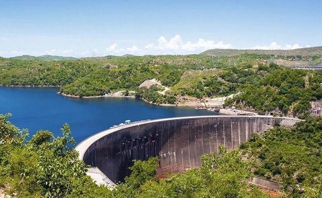 visit Lake Kariba