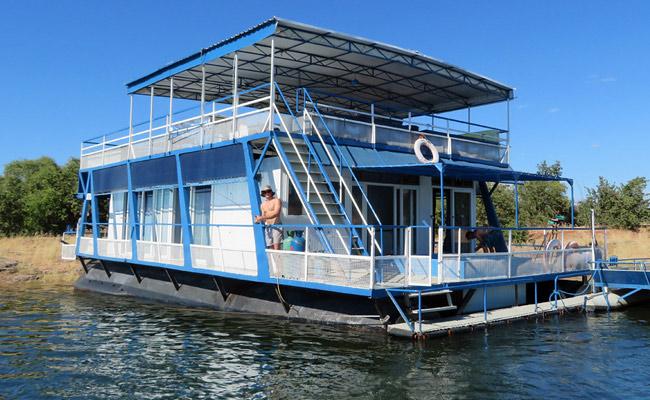 Lake kariba House Boats