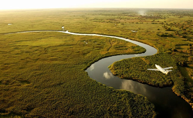 Okavango delta mokoro day trips
